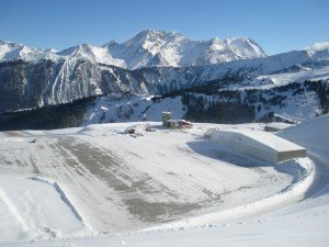 Courchevel Airport - credit pr1001