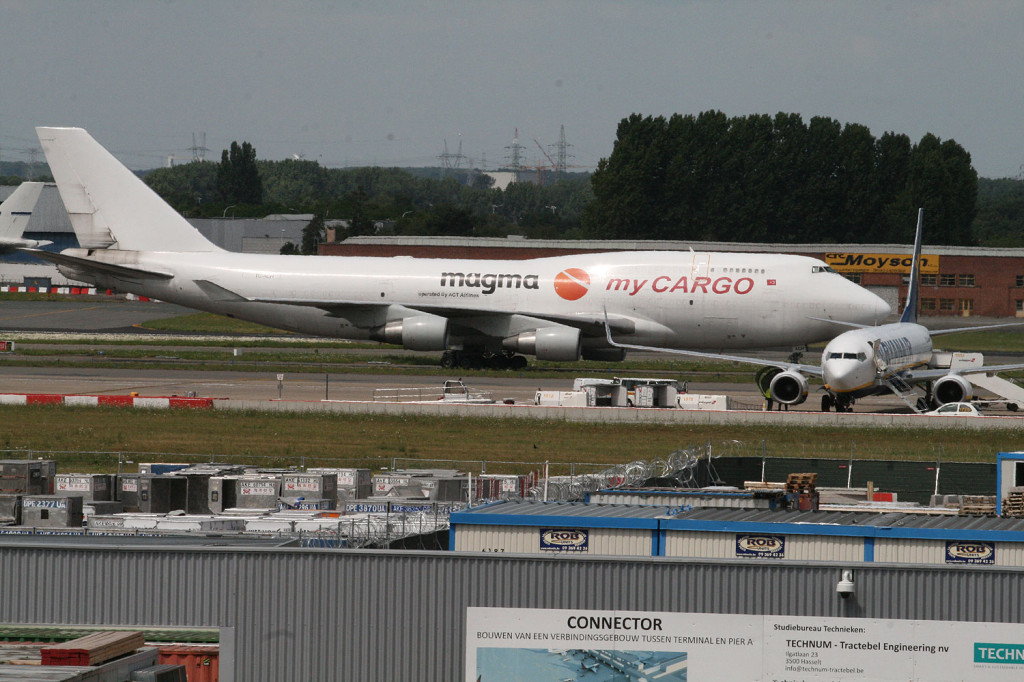 Cargo and low-cost mix at Brussels