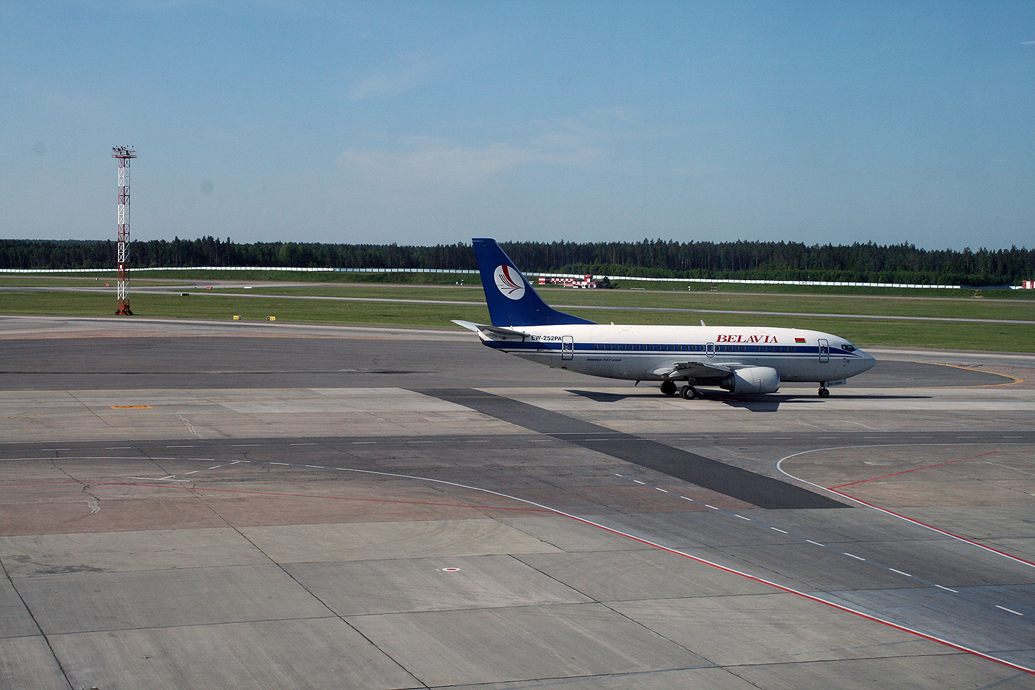 Spotting from the terminal departure lounge at Minsk Airport