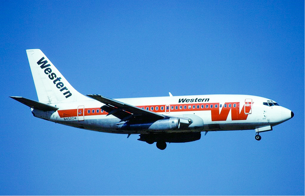 western airlines 737-200