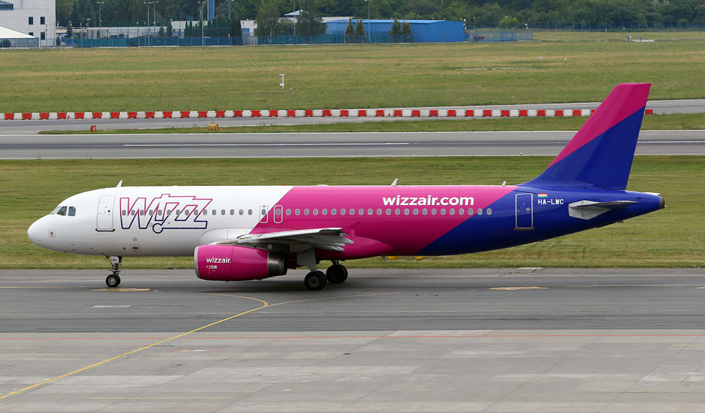 Wizz Air A320 HA-LWC