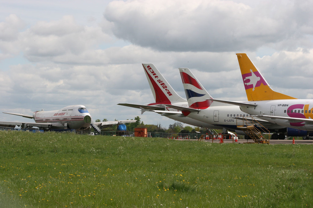 Scrapping line-up at Kemble.