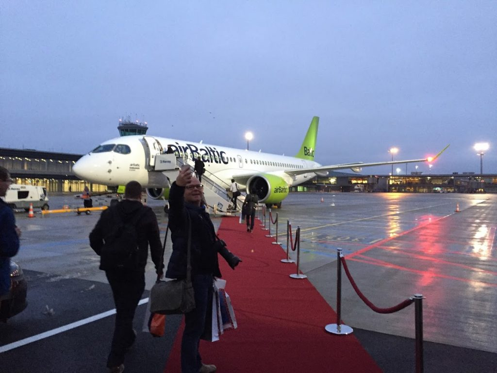 airbaltic-cs300-first-flight