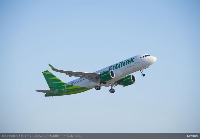 800x600_1487836782_A320neo_Citilink_take-off