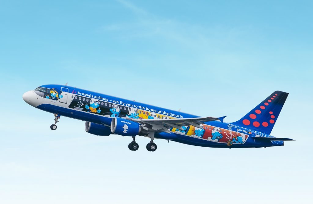 brussels airlines aerosmurf