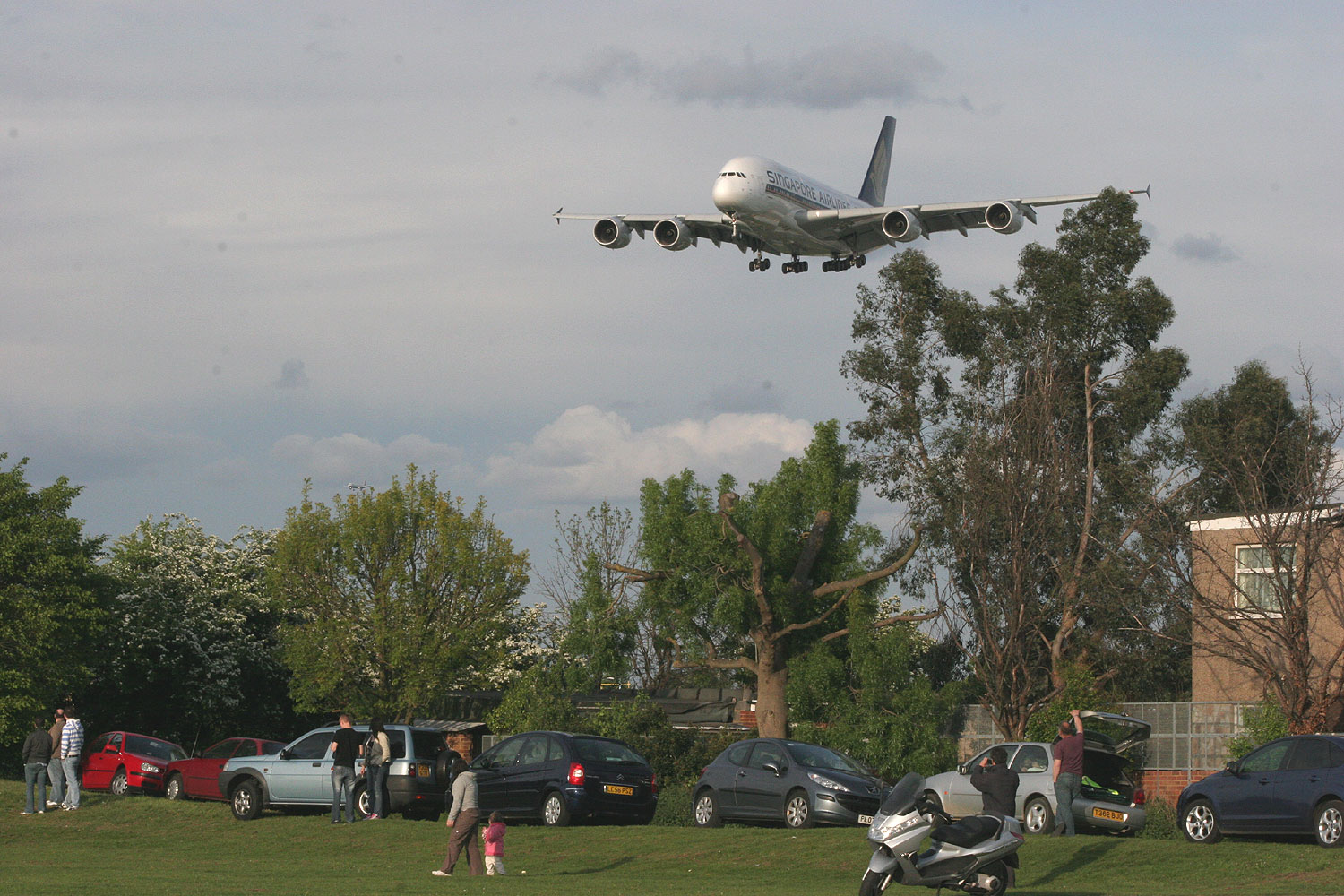 Airbus A380 at Heathrow's Myrtle Avenue Spotting Location