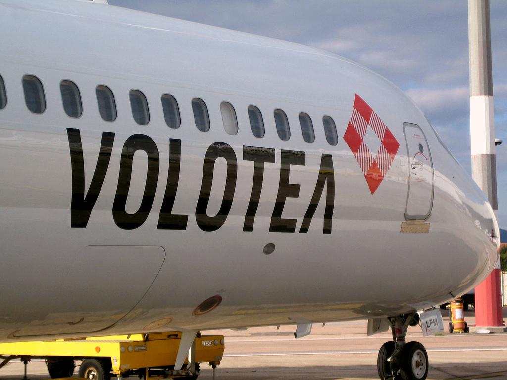 (c) Volotea Airlines