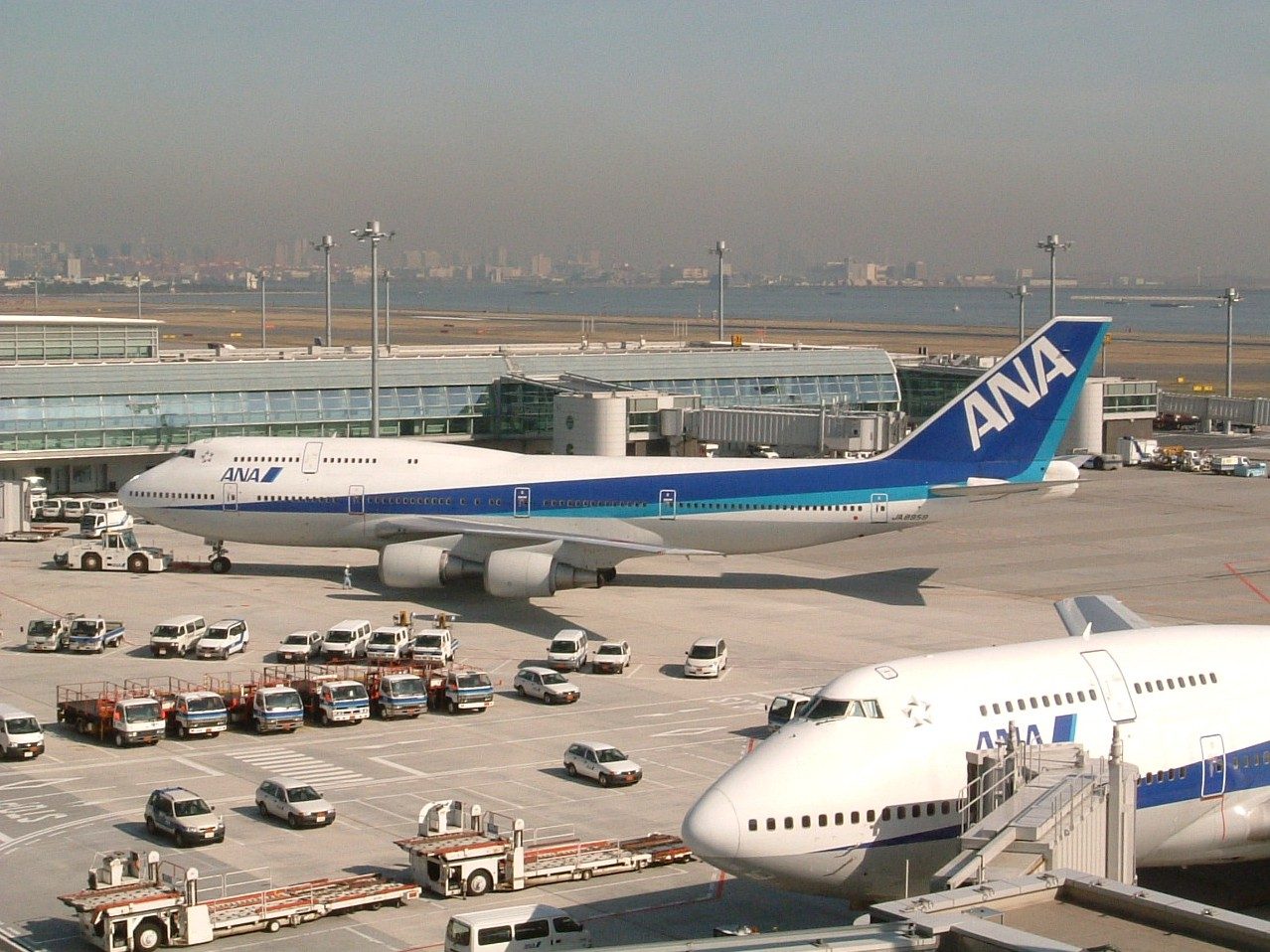 ANA 747400D