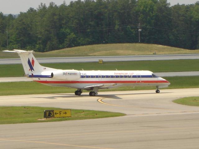 American Eagle ERJ135