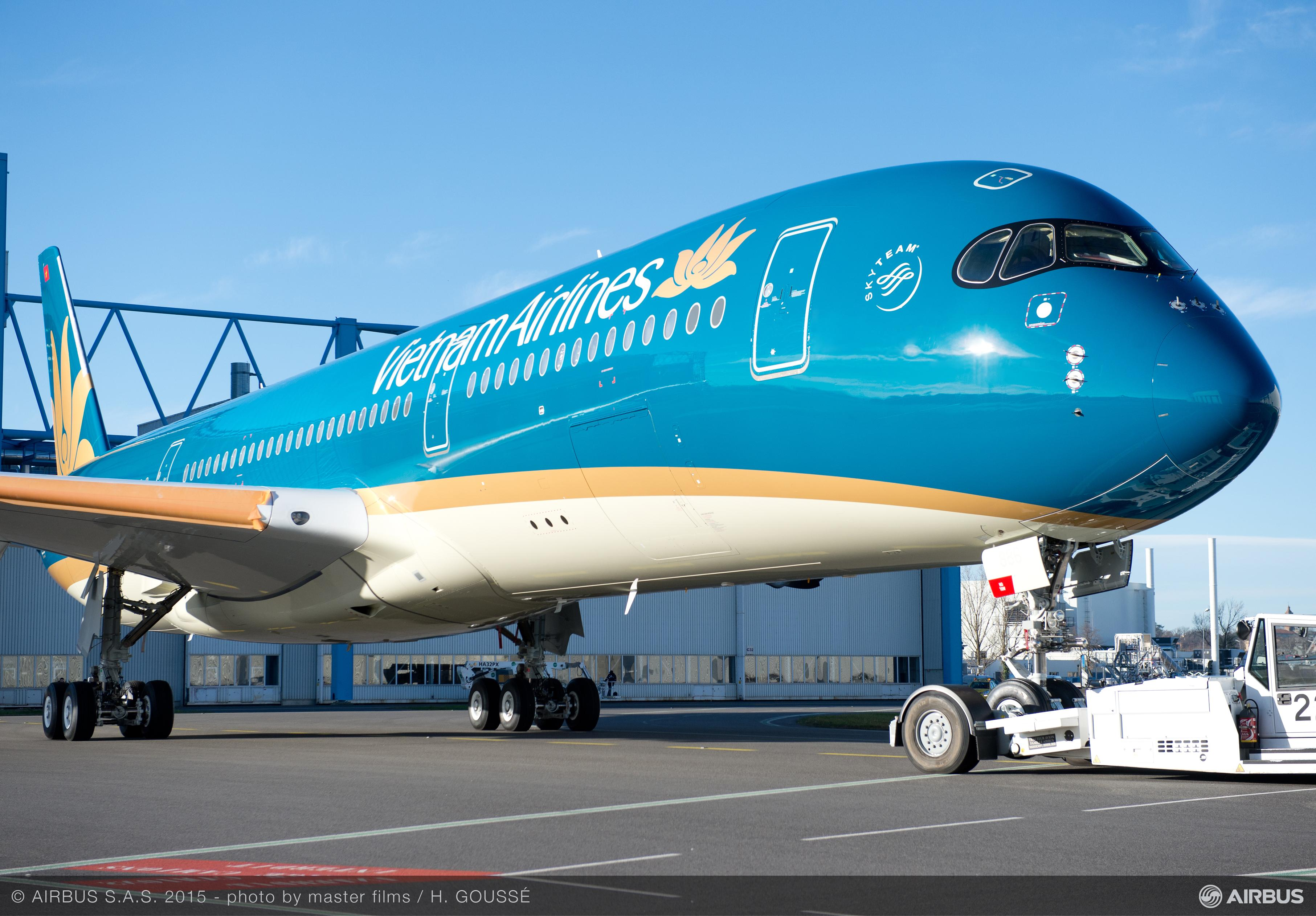 Vietnam Airlines First Airbus A350 Revealed Airport