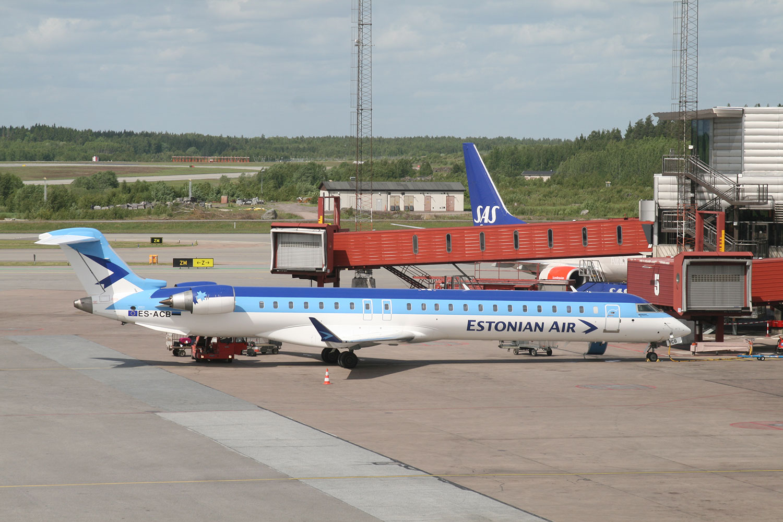 Estonian Air CRJ900 at Stockholm Arlanda