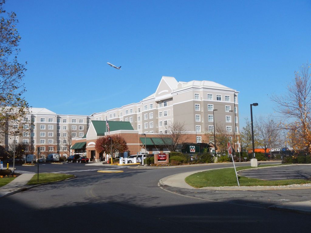 Hotels Near Jersey Gardens Mall Elizabeth Nj