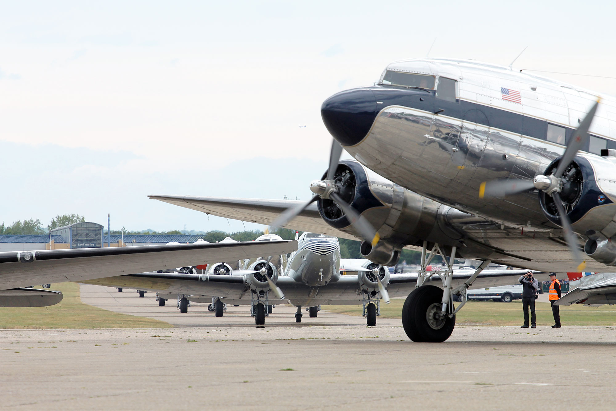 Daks Over Normandy Dc 3s Visit Duxford Airport